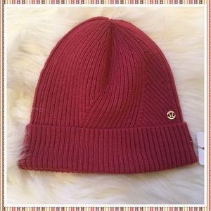 Lululemon Twist of Cozy Knit Beanie Hat - NWT VLRD